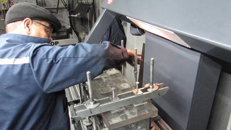 Проверка головки блока цилиндров на герметичность