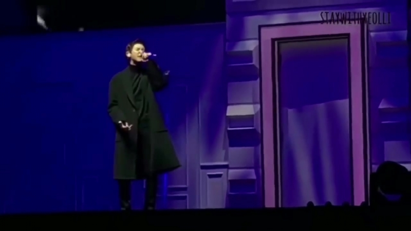 [FANCAM] 180211 The EℓyXiOn in Taipei: D-2 @ EXO`s Chanyeol — Hand