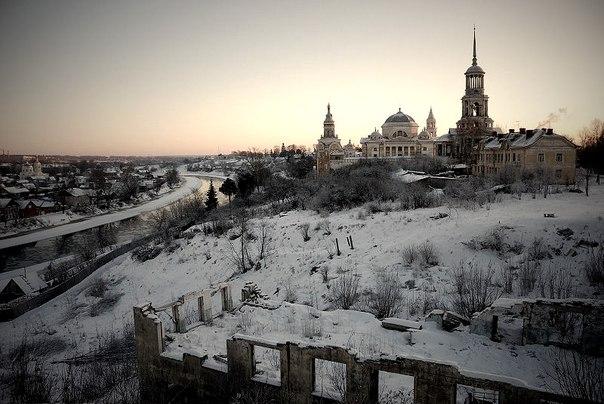 Торжок,Комплекс Борисоглебского монастыря