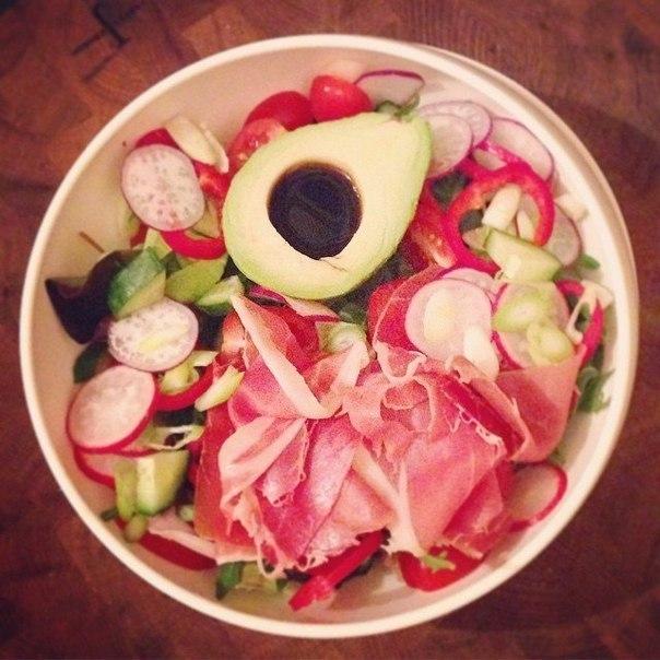 Легкие диетические салаты на обед или ужин. Забирай