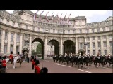 Royal procession Prince William, Prince Harry and Duchess of Cambridge travel by carriage httpwww.youtube.comwatchv=JDX_AObvyVs