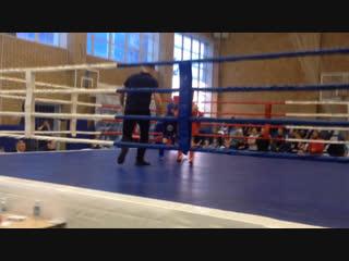 Иван Тишков 24кг синий угол занял 1место область по тайскому боксу