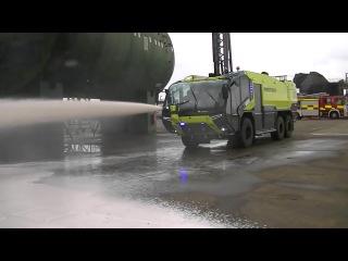 Самая мощная в мире пожарная машина! cfvfz vjoyfz d vbht gj;fhyfz vfibyf!