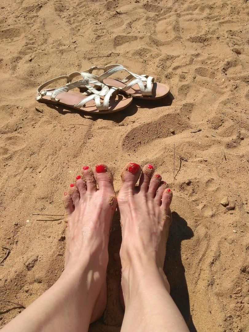 Опухшие ноги и живот: окончательно растолстевшая Кристина Агилера уже не может скрыть лишние кило под одеждой новые фото