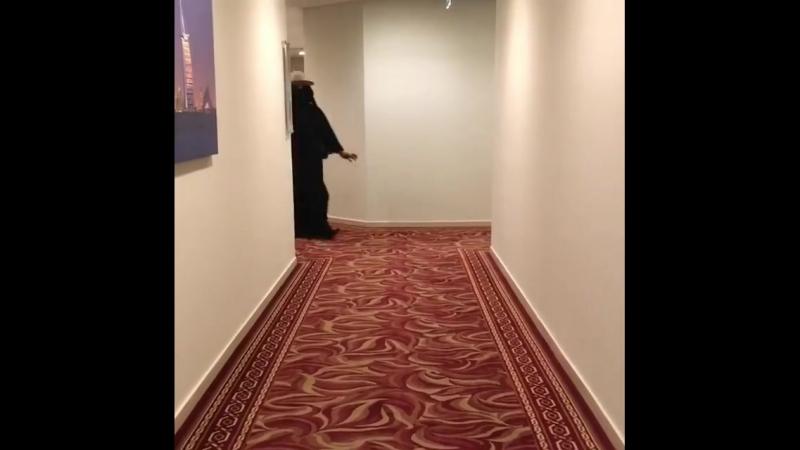 арабский показ моды
