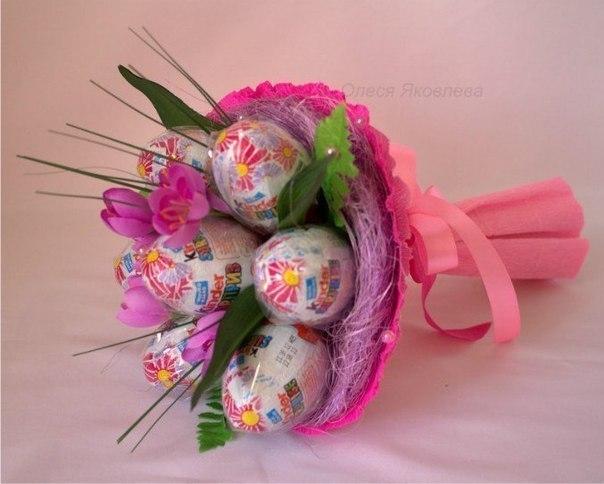 Подарки из конфет девочке своими руками фото