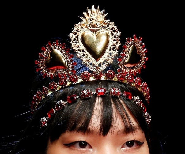 Почувствуйте себя Королевой Dolce&Gabbana