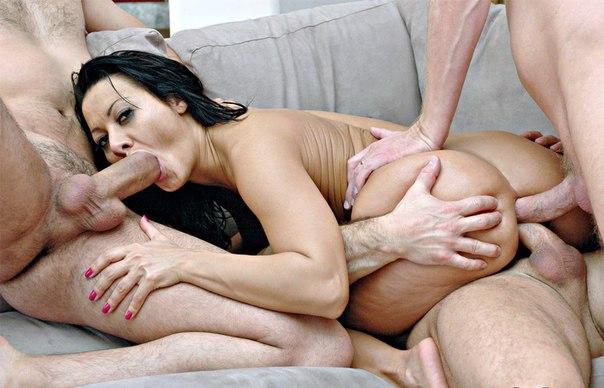 порно с сандрой роман