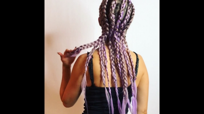 Плетем косы с канекалоном на себе