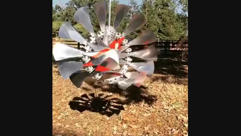 Möbius Wind Sculpture.