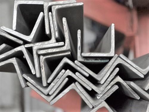Огромный выбор металлопроката в Старом Осколе по доступным ценам! Балка двутавроваяКвадратЛист г/кЛист оцинкованныйЛист просечно-вытяжнойЛист х/кПолосаСталь арматурнаяСталь круглаяСталь