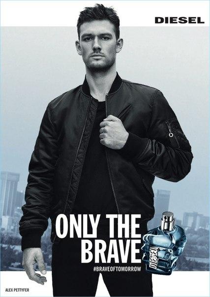 Английский актёр Алекс Петтифер стал лицом рекламной кампании нового аромата от Diesel