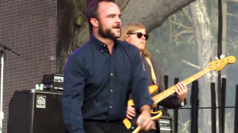 Future Islands singer puts soul into 'A dream of you and me' at Outside Lands '17
