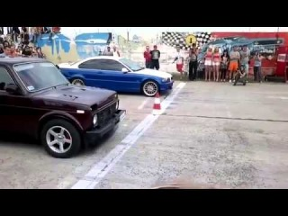 Советская Нива против БМВ BWM streetrace fail