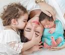 Когда у Вас проблемы, обнимите своего ребенка. Тогда Вы поймете, если он рядом, жив и здоров…