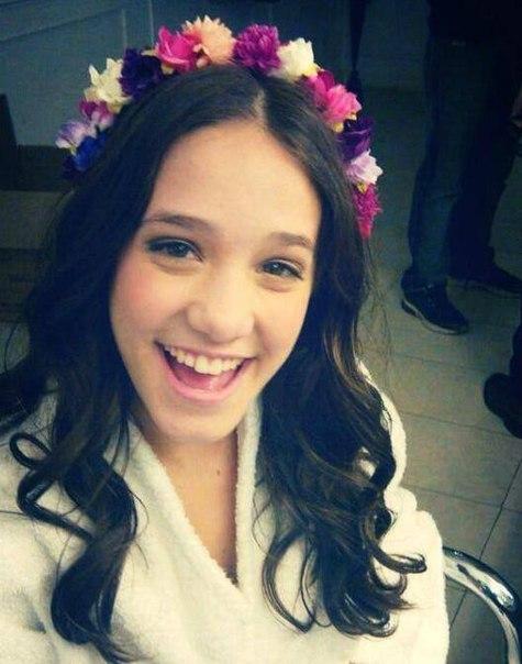 Angela Torres updated her profile picture: - bN6tBatzOZw