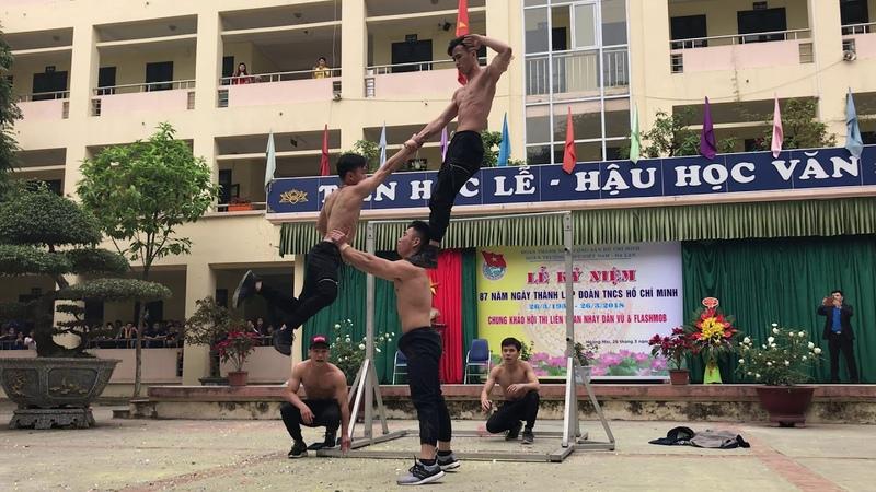 Street Workout đốt cháy sân khấu Thpt Việt Nam Ba lan