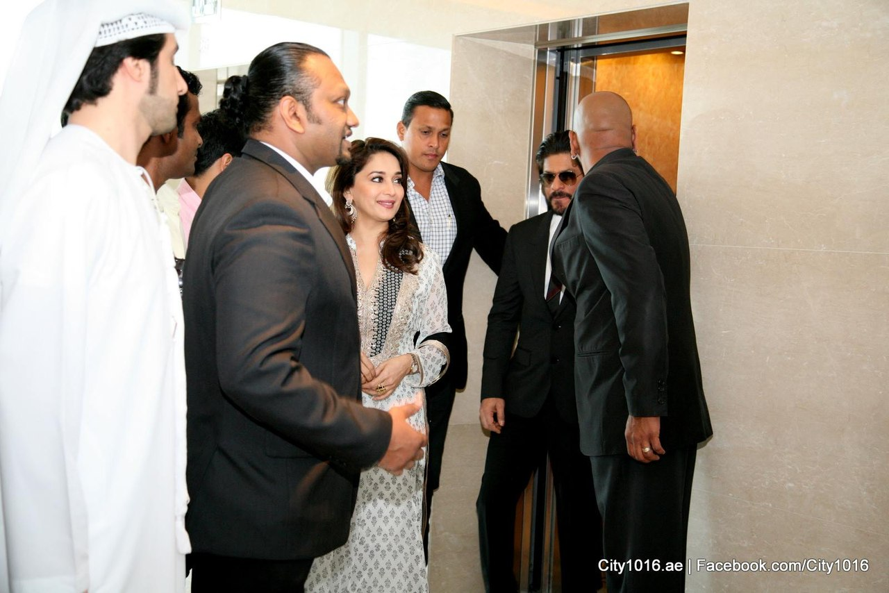 i08Ei5SAVWI - Shah Rukh Khan and Madhuri congratulate Dubai on Expo 2020 win