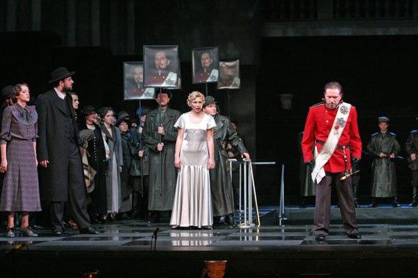 Опера НАБУККО в Новой Опере