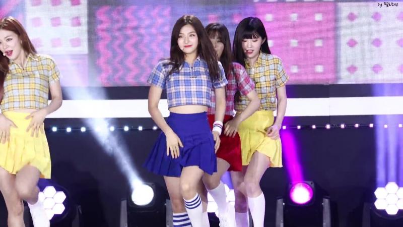 4K 180724 프로미스9 (Fromis_9) 소녀시대 Oh 나경 (NaGyung) 직캠 @영덕 더쇼 공개방송 by 팔도조선