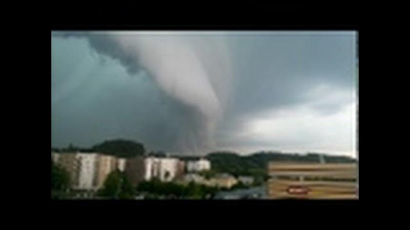 Tornadas Vilniuje | Tornado Vilnius, Lithuania (or is it)