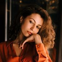 Анна Лобзина