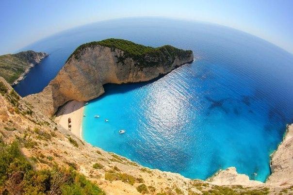 Бухта Навагио. Греция