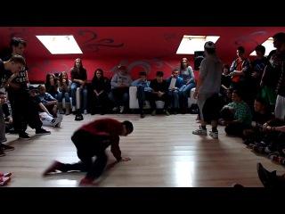Финальная битва за Москву - про - CrazyToDance(win)  vs Joker(выход 3)