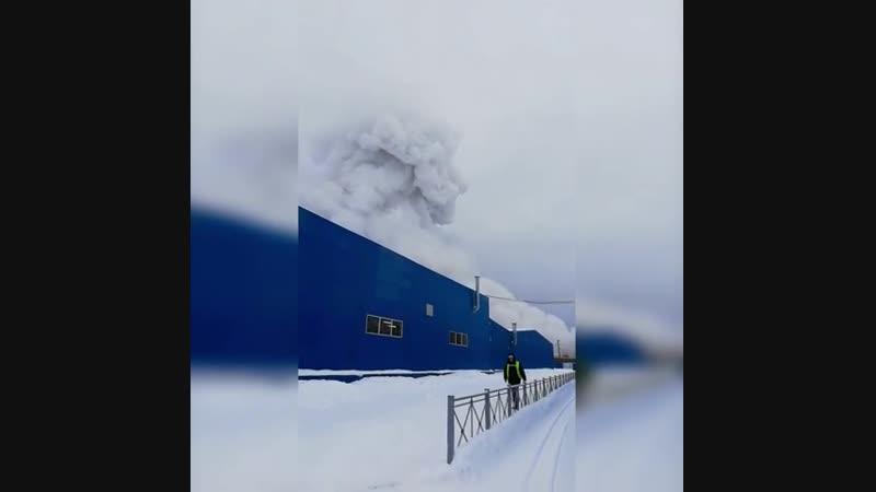 Пожар на химзаводе в Кингисеппе