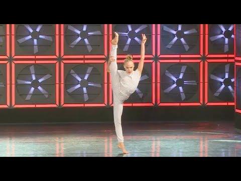 Bella Klassen - The Middle - Improv Solo (247 Los Angeles Closing Show)