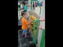 на детской площадке в парке Арены