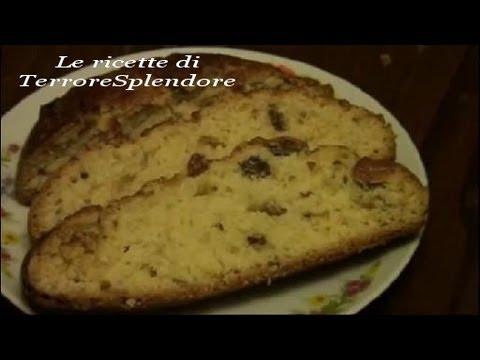 Il buccellato (pane dolce con uvetta ed anice)