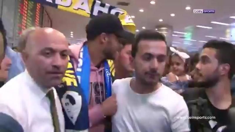 Fenerbahçe'nin son transferi Diego Reyes İstanbul'a geldi.