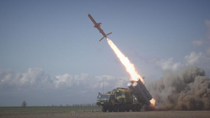 """Мобільний комплекс крилатих ракет """"Нептун"""" готується до нових випробувань"""