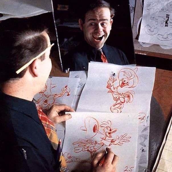 Как работают художники-мультипликаторы Сколько мультиков вы посмотрели за свою жизнь Сотни, тысячи Короткие, на пять-десять минут, они привлекают своей жизнерадостностью и кажущейся легкостью