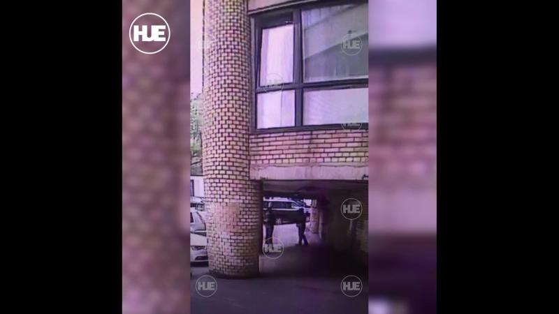 Ограбление микрозаймов в Москве попало на видео