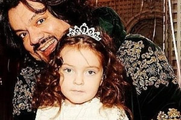 Филипп Киркоров биография фото личная жизнь его дочь
