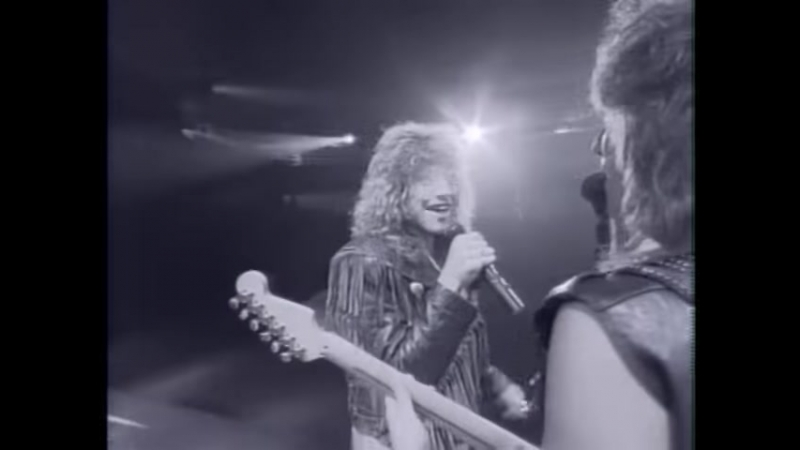 Bon Jovi - Livin On A Prayer - YouTube
