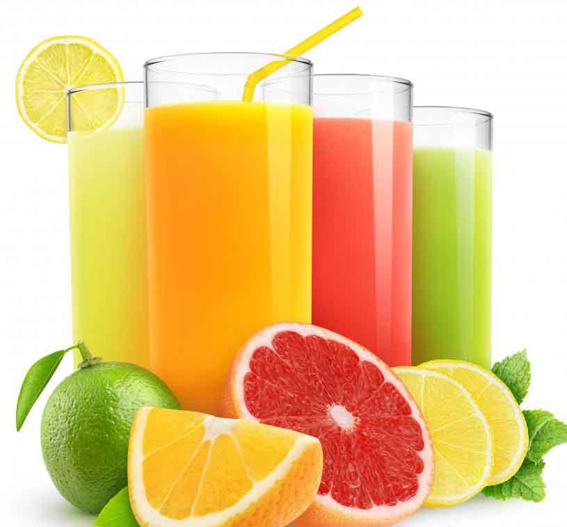 Употребление фруктового сока может помочь повысить эффективность очищения кишечника.