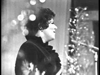 Майя Кристалинская - Полынь (Песня-72; муз. Александры Пахмутовой - ст. Роберта Рождественского)