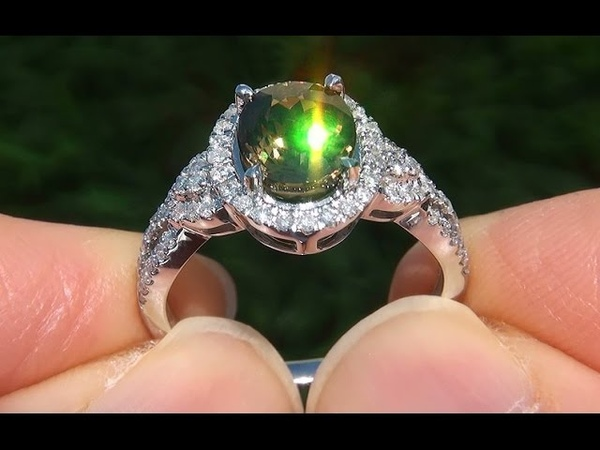 GIA VVS1 Color Change Demantoid Garnet Diamond 14k Gold Vintage Ring GEM - A133122