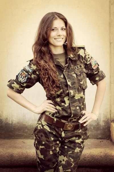 солдат познакомится с девушкой