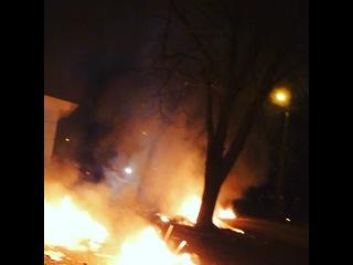 Полтава офис партии регионов подожгли и разгромили