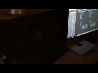 Варград - Бунт (запись трека с нового альбома Голос Улиц).