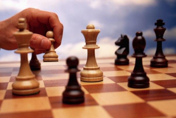 Как просчитать ходы соперника научным методом Эксперты в области стратегического мышления утверждают: любую ситуацию, в которой участвует несколько заинтересованных сторон, можно считать игрой.