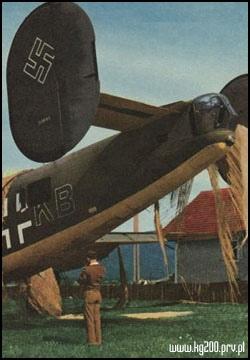 B-24H Liberator 1/72 (Academy) Kny8zgRkHPc