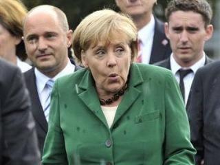 Германия: Десятки тысяч демонстрантов требуют уничтожить ФРС