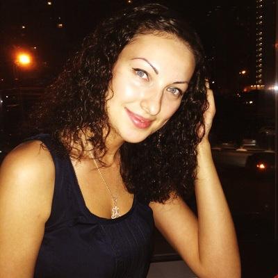 Лиана Любимова