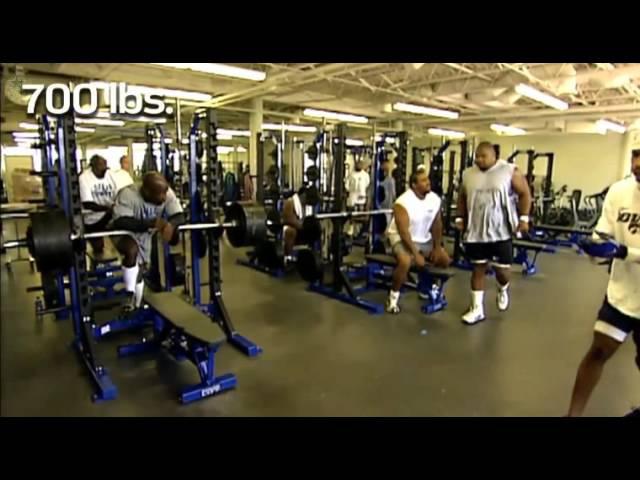 Larry Allen 700 pound bench press - Hall of Famer