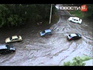 Екатеринбург потоп на Куйбышева 12.08.2014. Съемки из архива телеканала